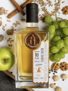 The Single Cask Benrinnes 10 Year Old features in this month's tasting box